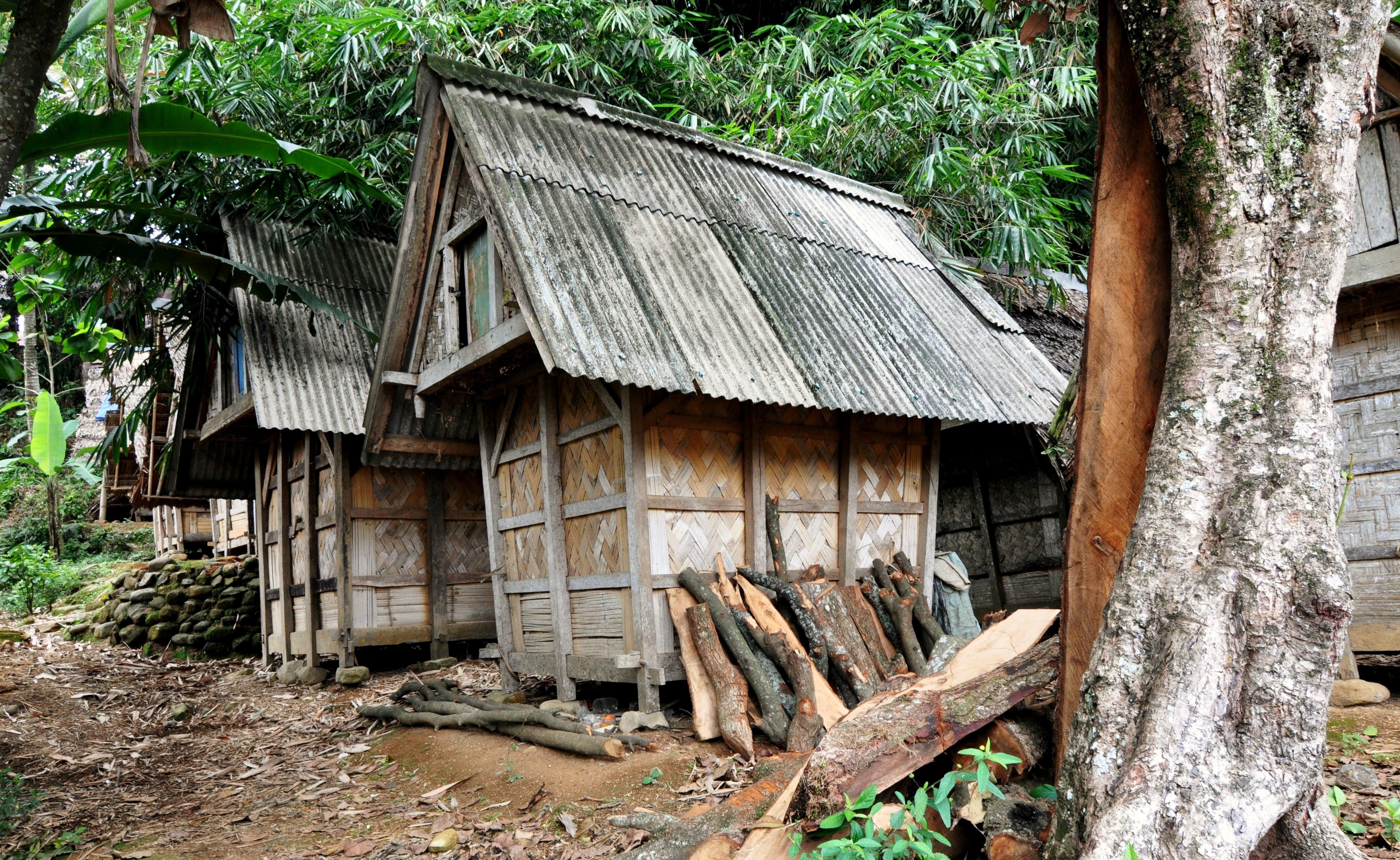 Tempat Penyimpanan Padi (Leuit) di Kampung Urug