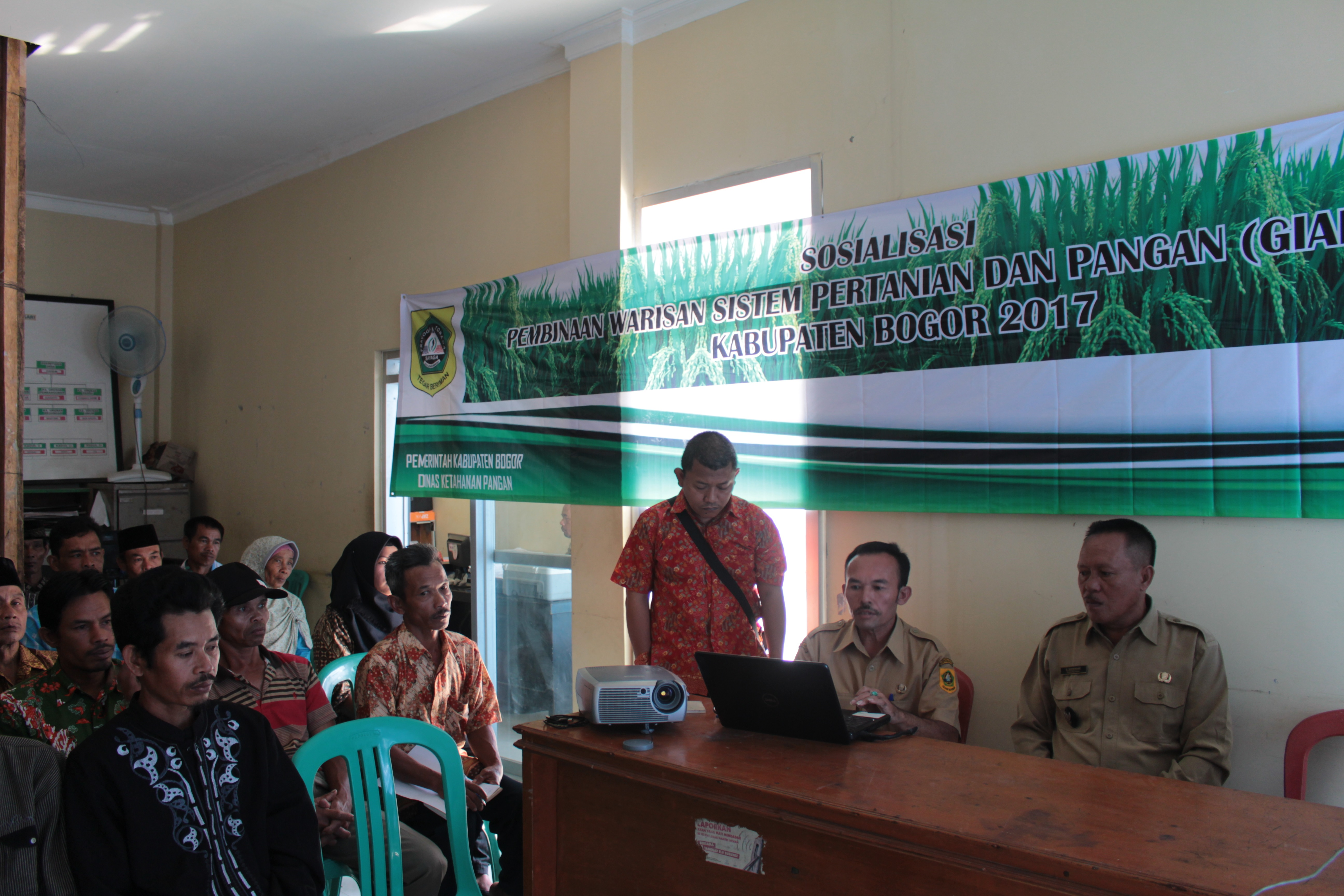 Persiapan Sosialisasi Pembinaan Warisan Sistem Pertanian dan Pangan (GIAHS/NIAHS) yang dilaksanakan di Desa Malasari