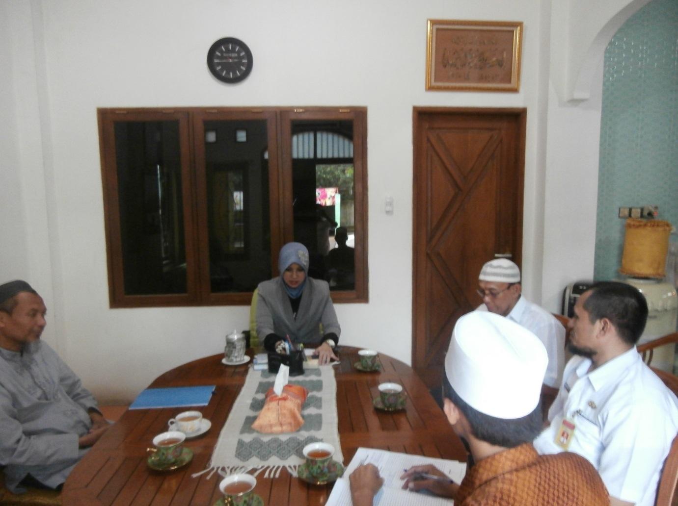 Sambutan Pembina Yayasan dalam rangka penerimaan paket bantuan kegiatan Penanganan Daerah Rawan Pangan